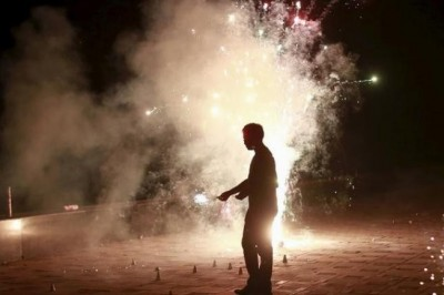 SC gives 2 hours for crackers this Diwali