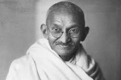 Remembering Mahatma On Martyr's Day